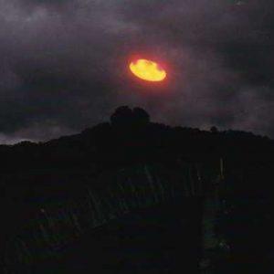 Nave di luce fotografata da Carlos Diaz